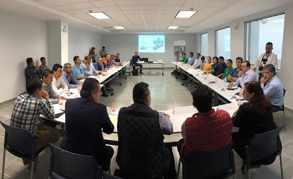 Gestiona Diputado Local 60 millones para paso a desnivel en acceso al Parque Industrial 2
