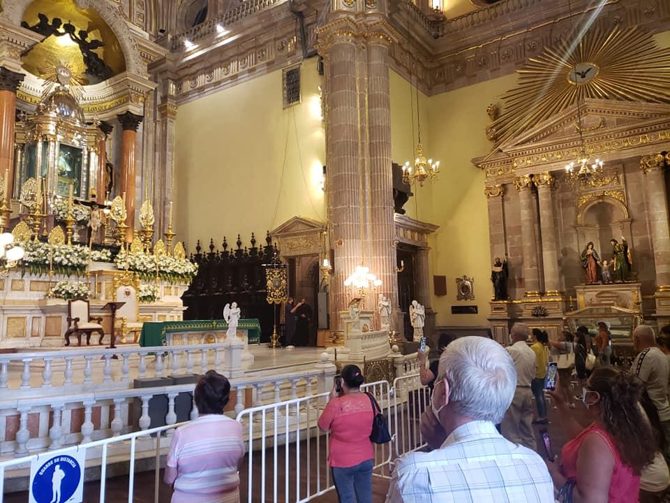 Un máximo de 40 personas podrán permanecer al interior de la Basílica de San Juan