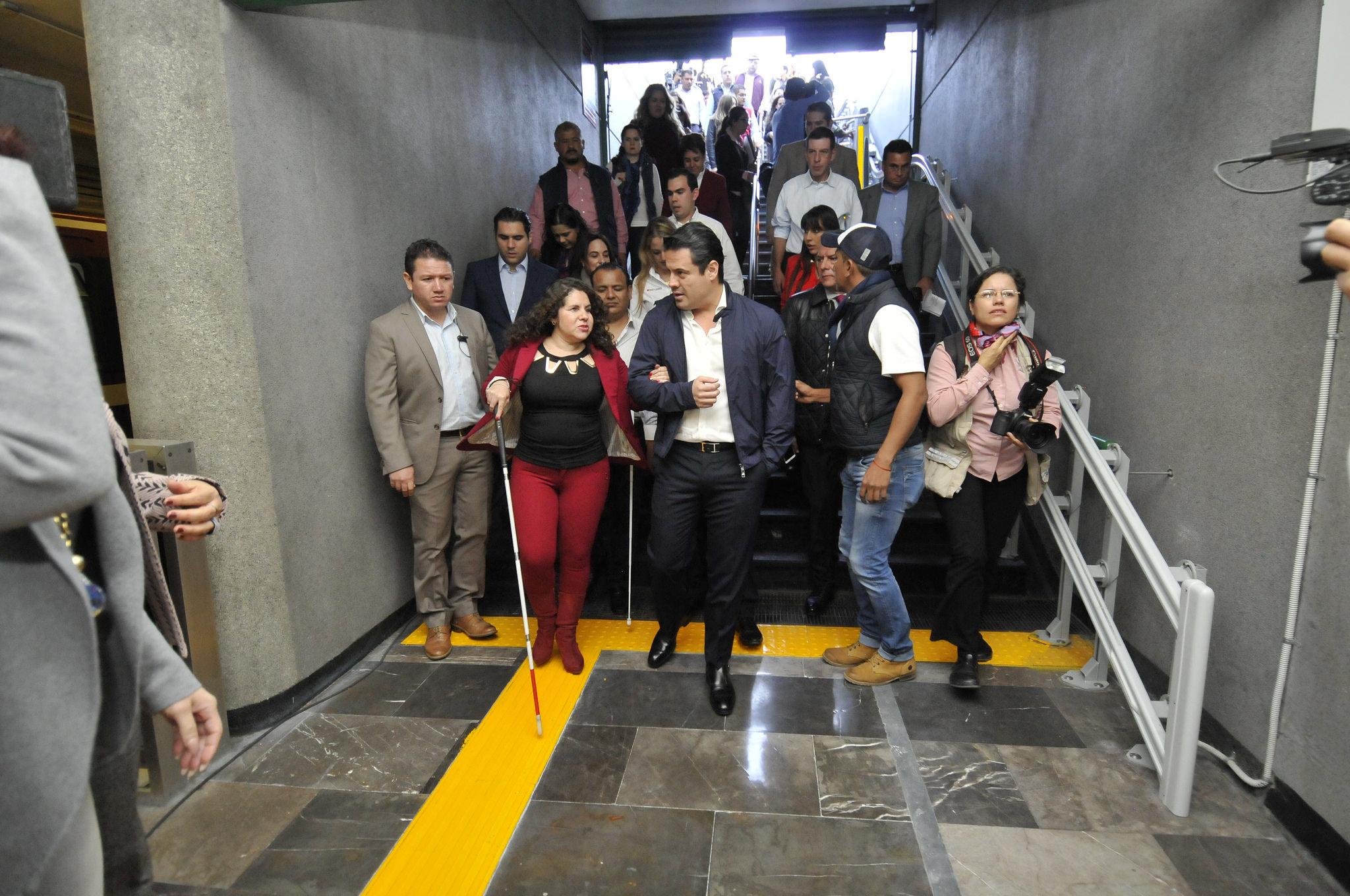 Photo of Gobernador pone en marcha accesibilidad universal en la Línea 2 del SITEUR