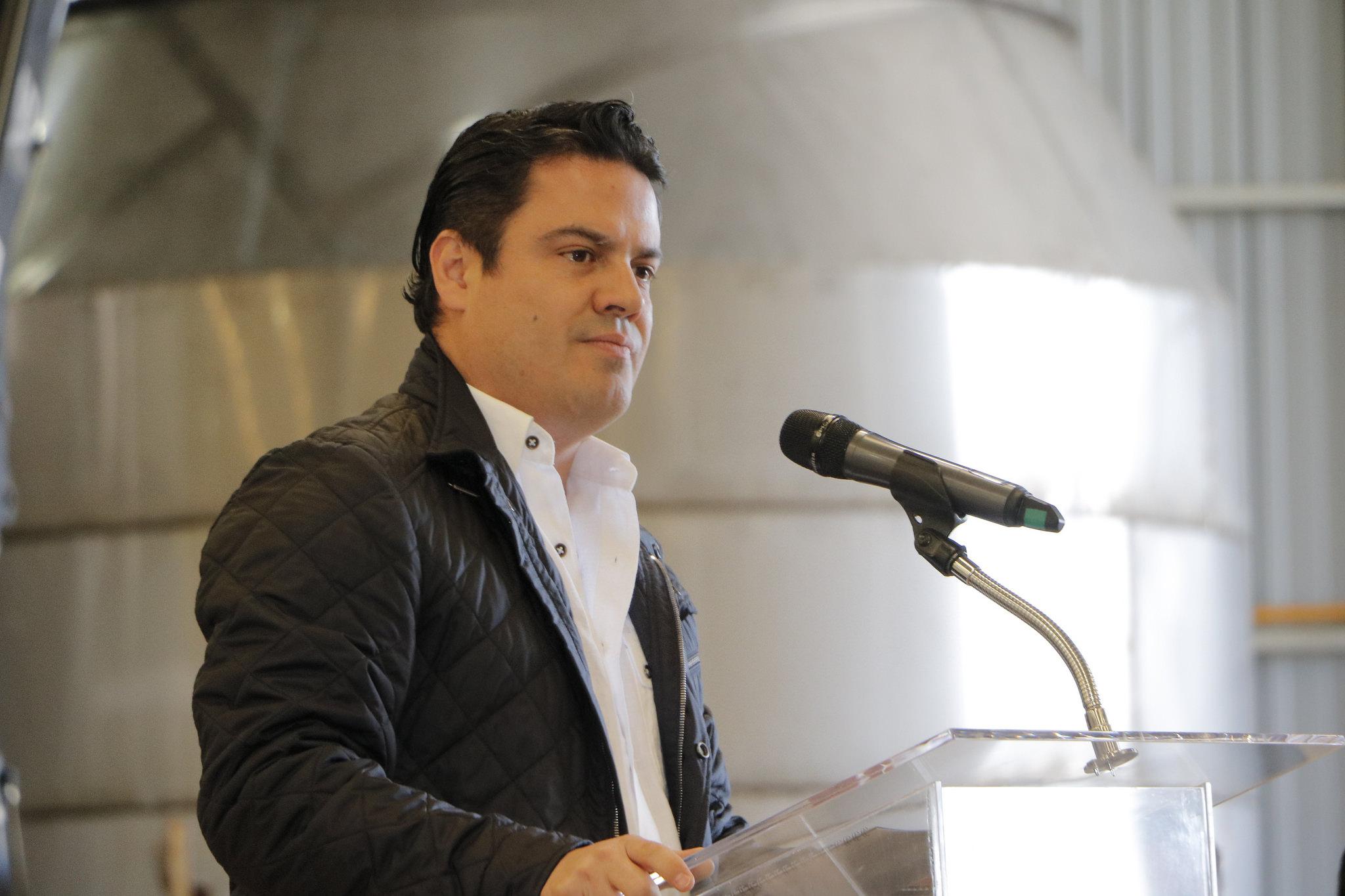 Photo of Inaugura Aristóteles Sandoval en Tepatitlán Primera Procesadora de lácteos TIF en México