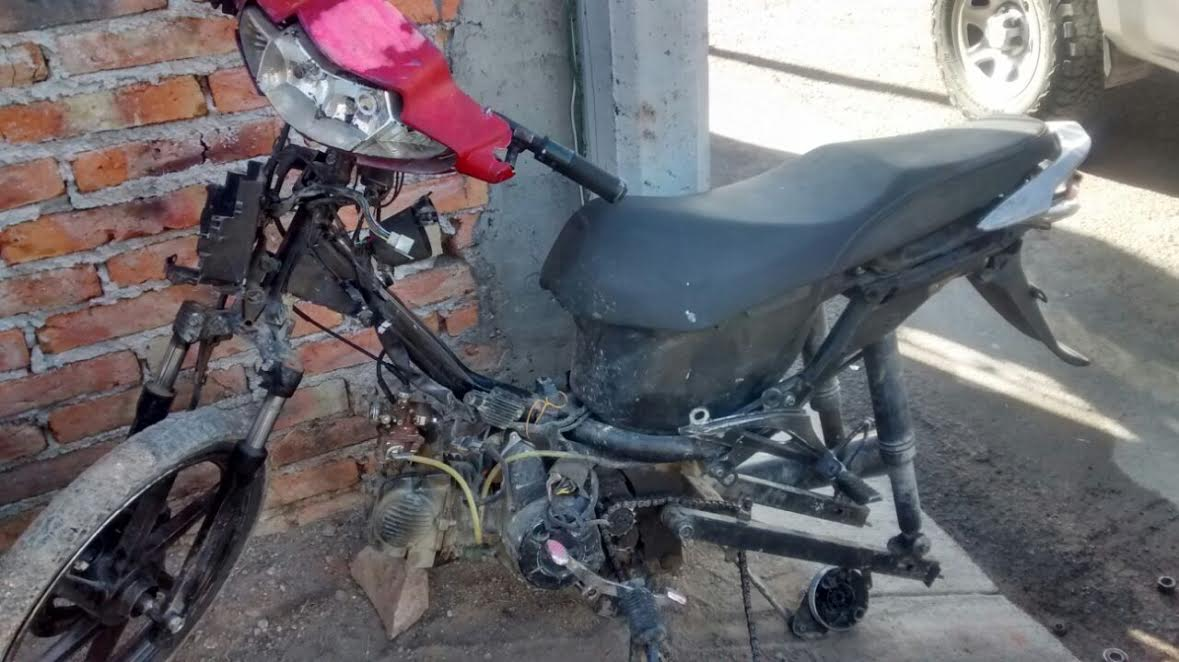 Photo of Captura policía a 3 sujetos, presuntos ladrones de motos