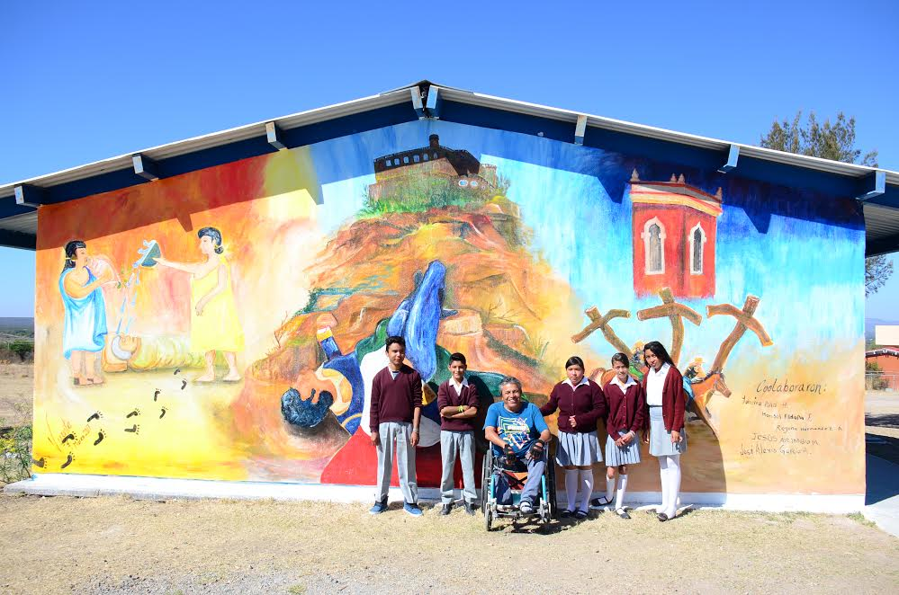 Photo of Inaugura Vicente Mojica mural en el Maguey