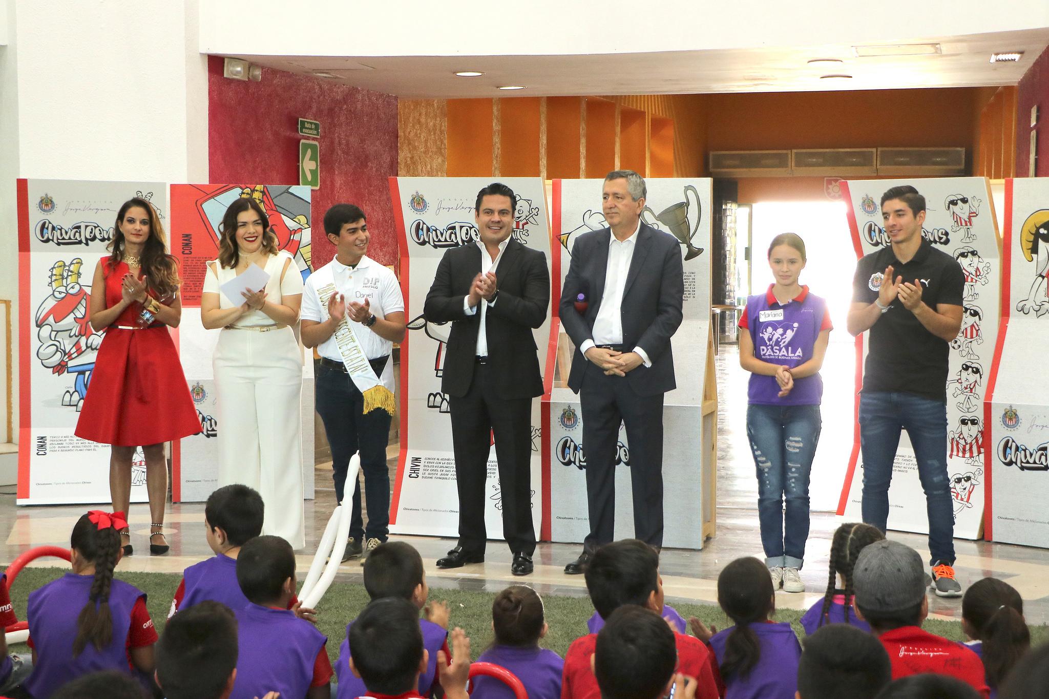 Photo of Inaugura Gobernador Exposición Chivalandia en Trompo Mágico