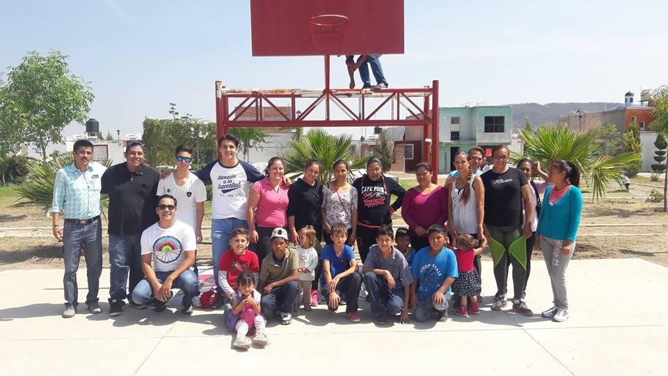 Photo of Rescatan espacio público en la colonia La Perla