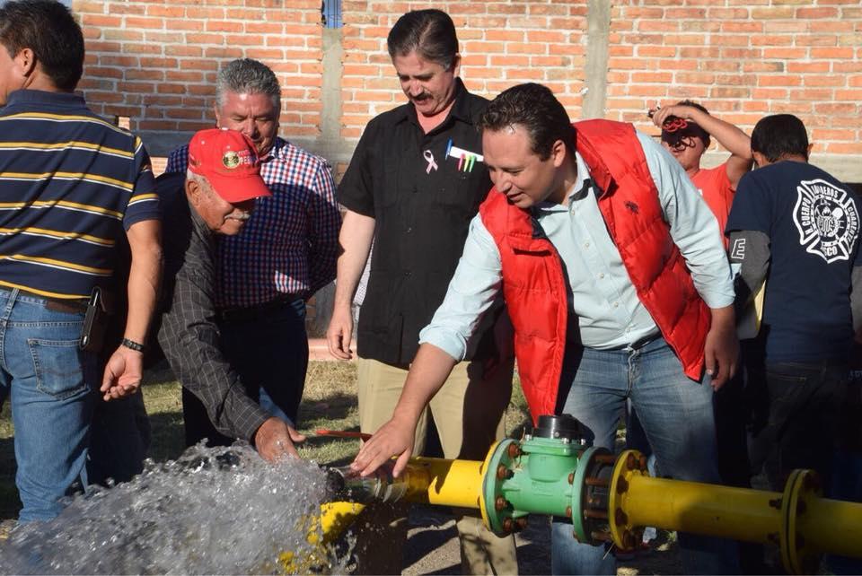 Photo of Gestiona Diputado línea de agua para la delegación de San Miguel del 40