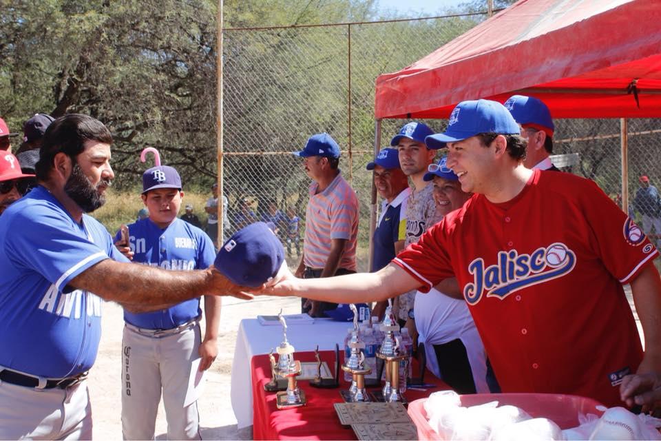 Photo of Ponen en marcha nuevo torneo de la Liga de Beisbol del Vergel