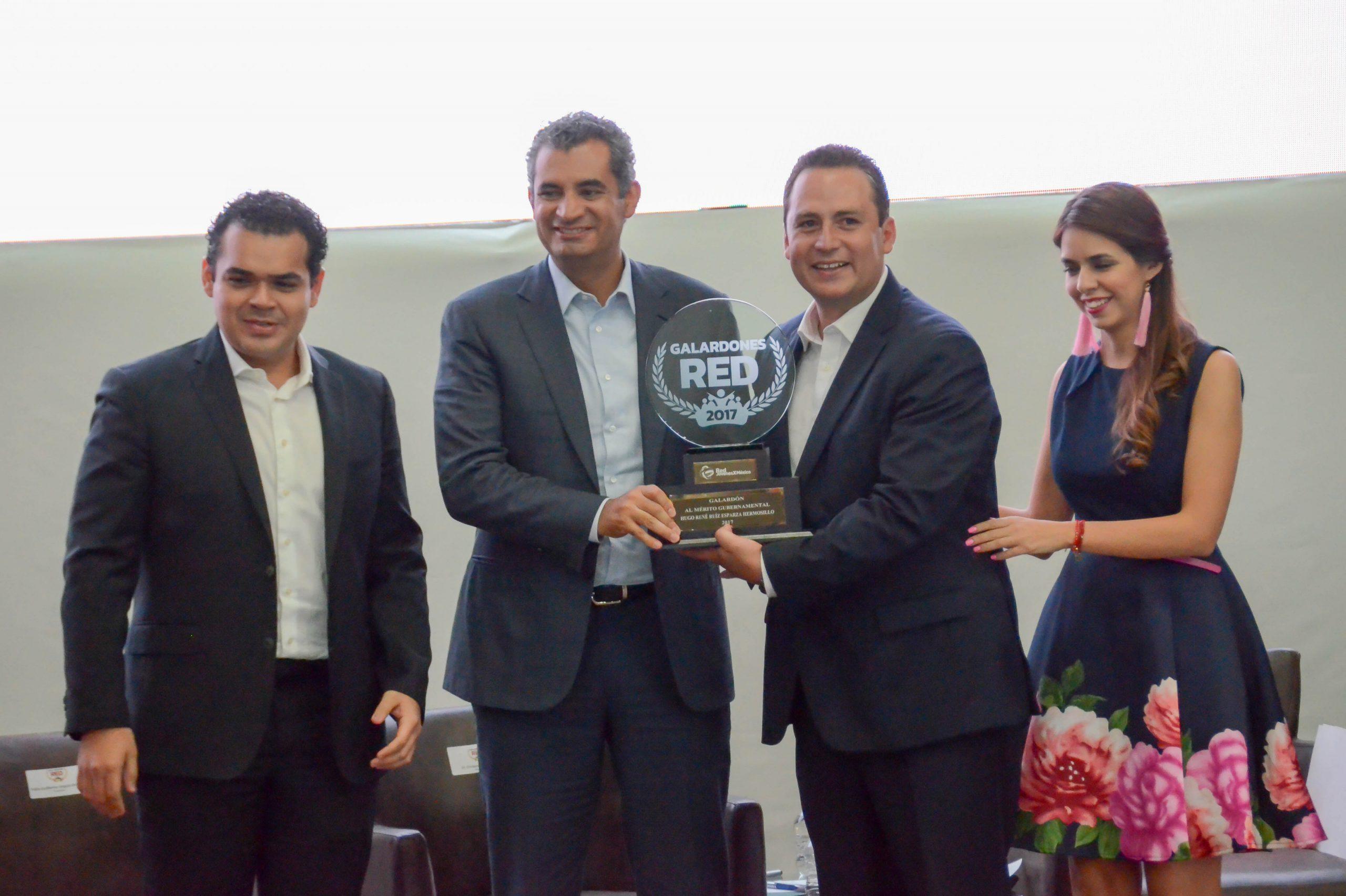 Photo of Reconoce CEN del PRI a Hugo René por su periodo como Presidente Municipal