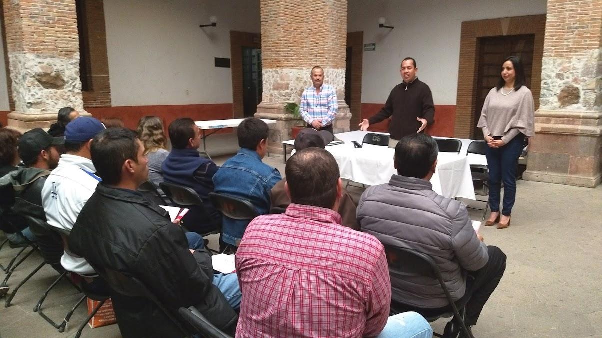 Photo of Capacitan a personal del Rastro Municipal