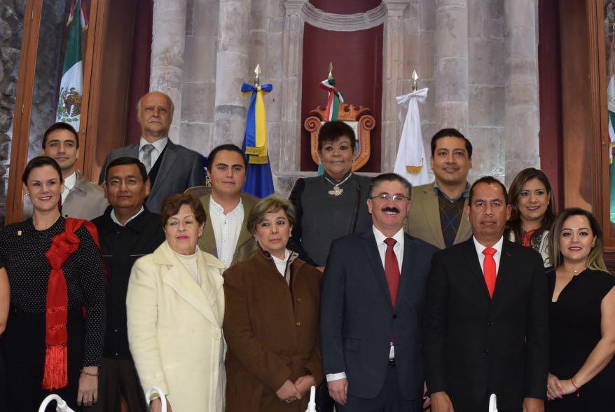 Photo of Regidores del PRI logran homologar sueldo de empleados del ayuntamiento