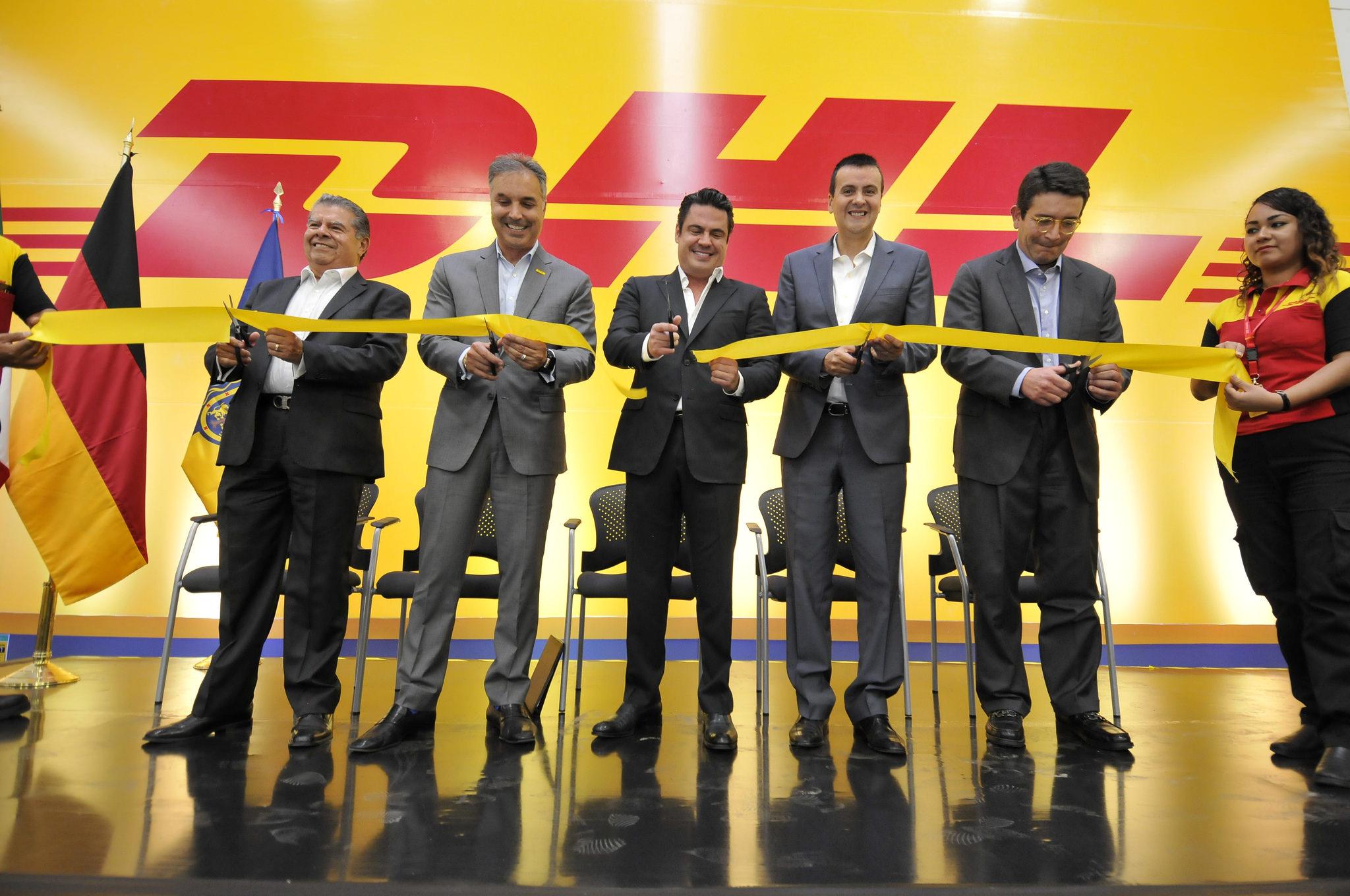 Photo of Inaugura Gobernador planta de DHL en El Salto