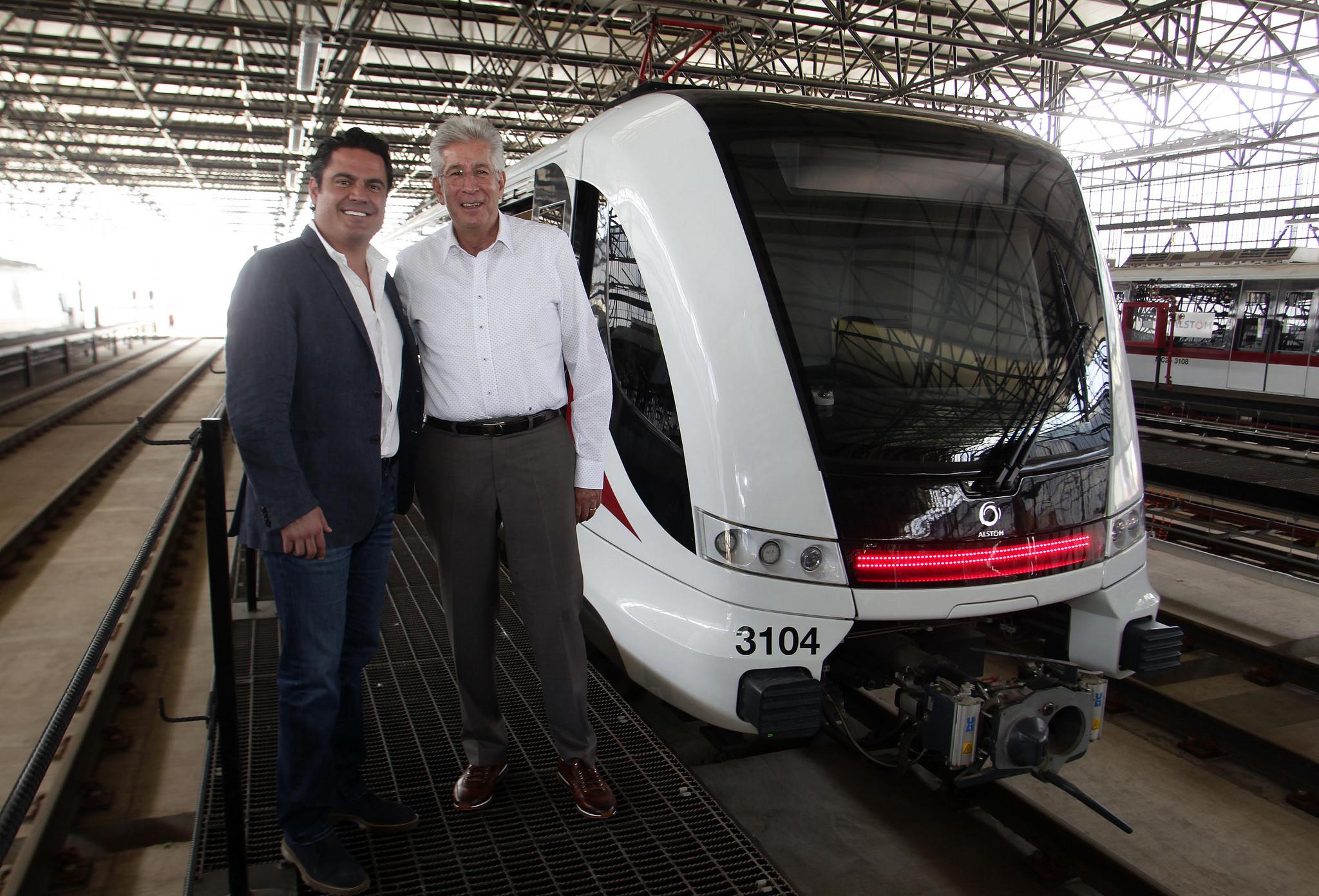 Photo of Supervisa Gobernador trabajos de la línea 3 del Tren Ligero