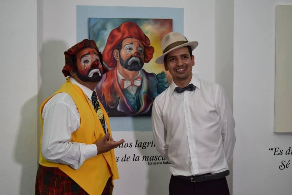 """Photo of Culmina hoy la exposición """"Caras vemos… máscaras no sabemos"""" del artista laguense Dimitrio Gómez"""