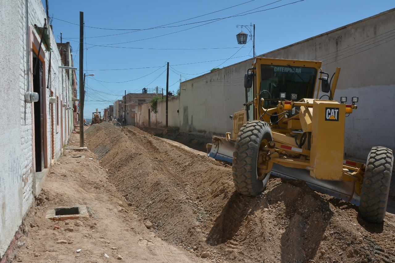 Photo of Continúa las obras de reconstrucción en la calle López Cotilla