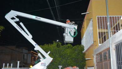 Photo of Gobierno Municipal realiza trabajos de renovación de alumbrado público