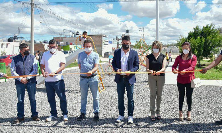 El Alcalde Tecutli Gómez inauguró un Jardín de Usos Múltiples en la Colonia Huertitas